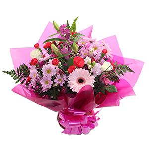 Sweet Pea Florists - Deluxe Handtie